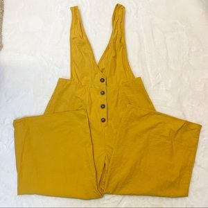 Sienna Sky Yellow Cropped Overalls Size Medium